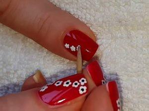 nail art con stuzzicadenti